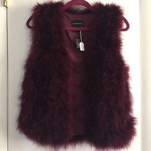 NWT✨Club Monaco Feather Vest